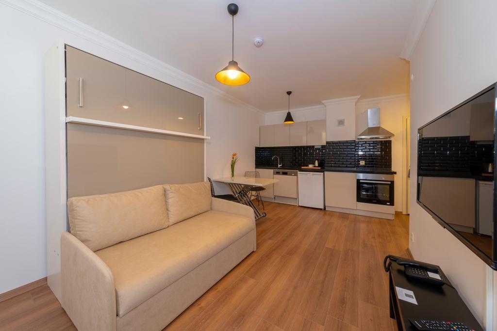 Suite - Basement Floor 1