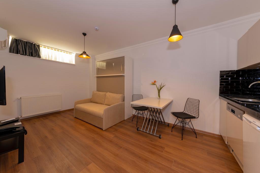 Suite - Basement Floor 2