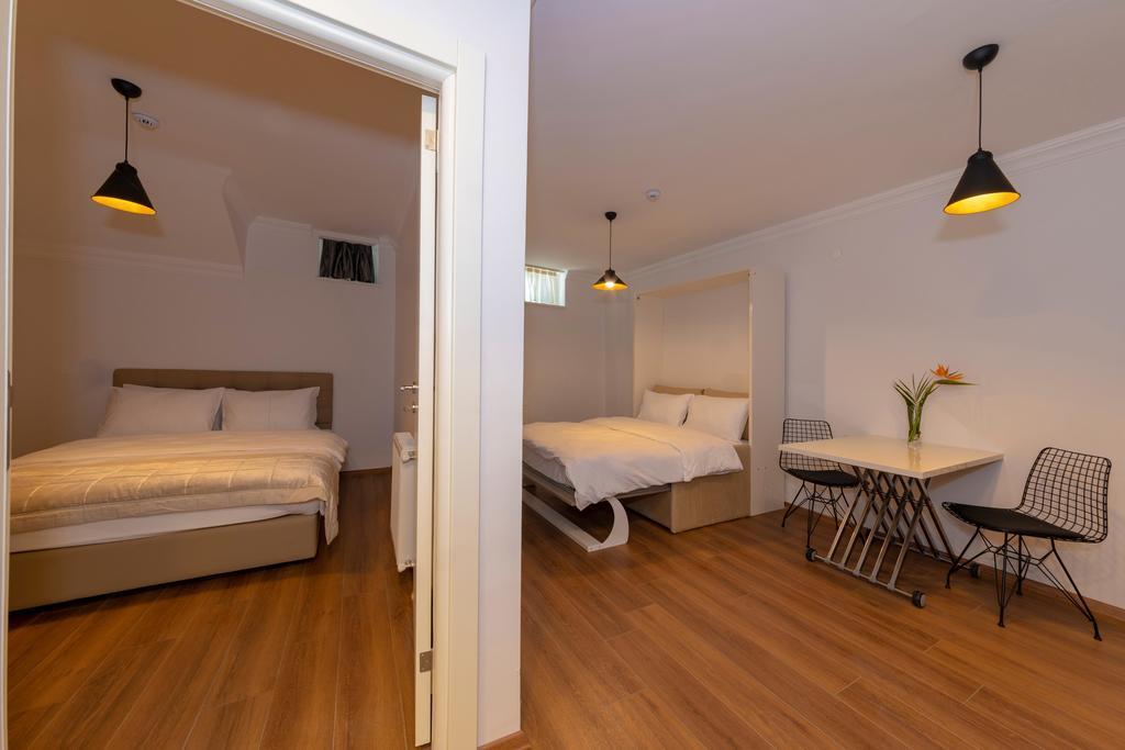Suite - Basement Floor 3