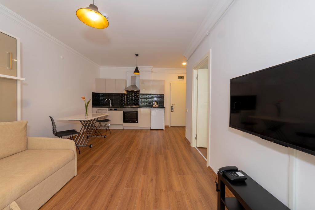Terrace Suite 4