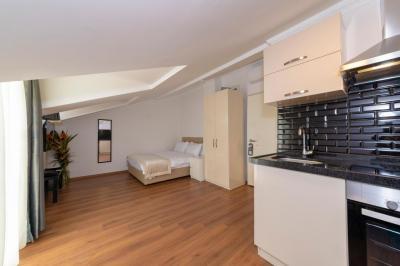 Terrace Room 5
